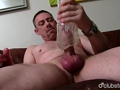Low-spirited Straight Daddy Tucker Masturbating